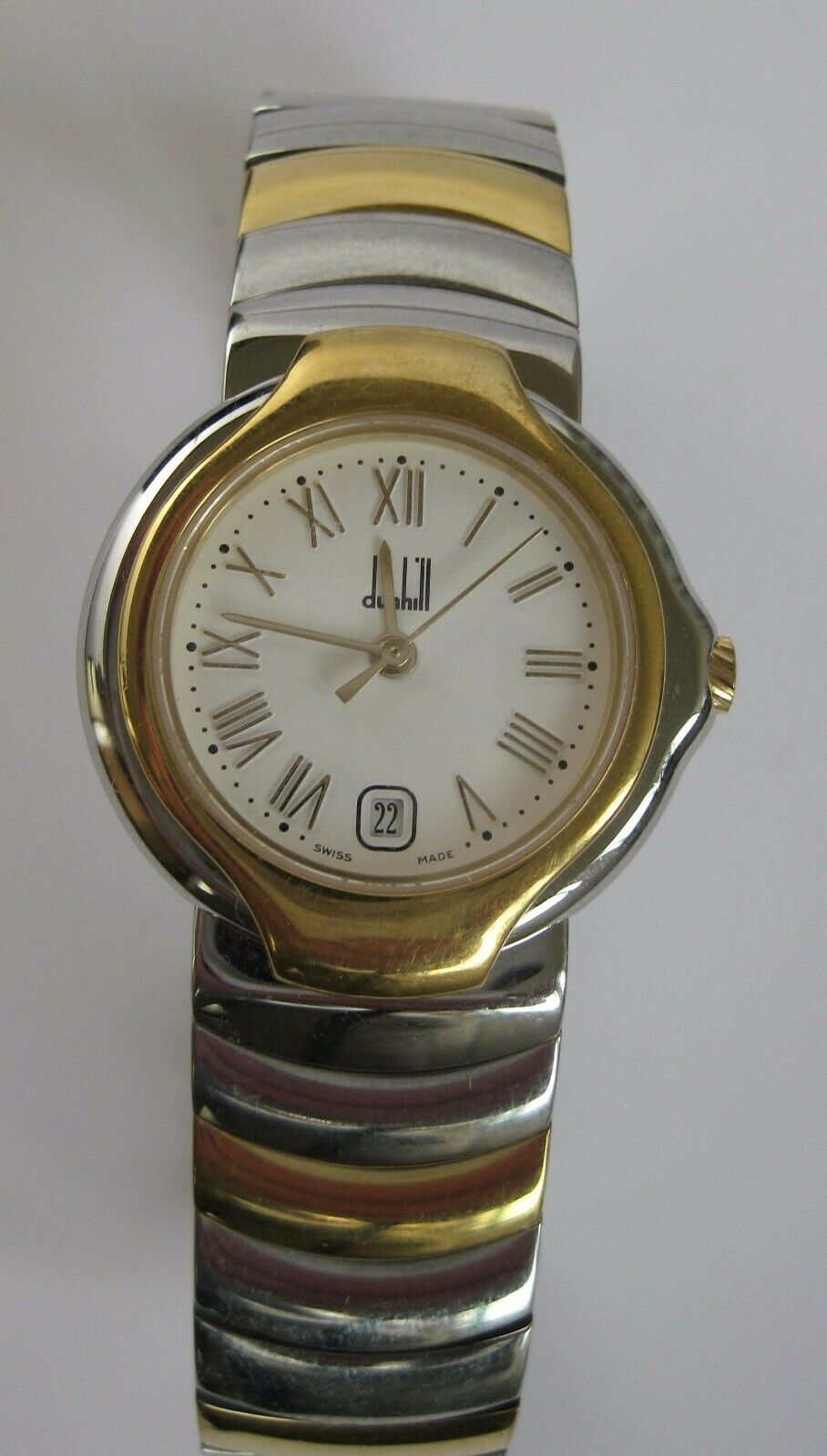 DUNHILL Womens Quartz Bracelet Watch 38mm **complete with box and papers**
