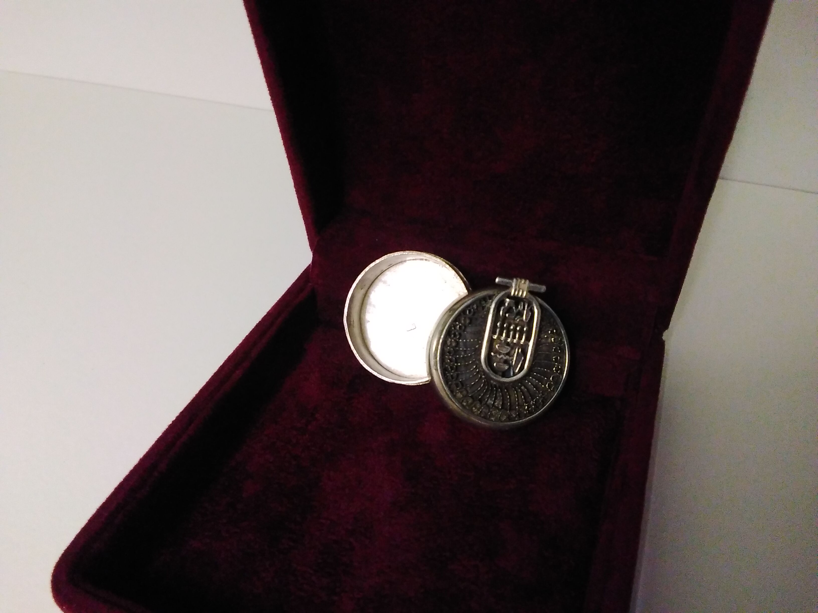 Art Deco Silver Circular Box with sophisticated Hieroglyphic  Design SizeC