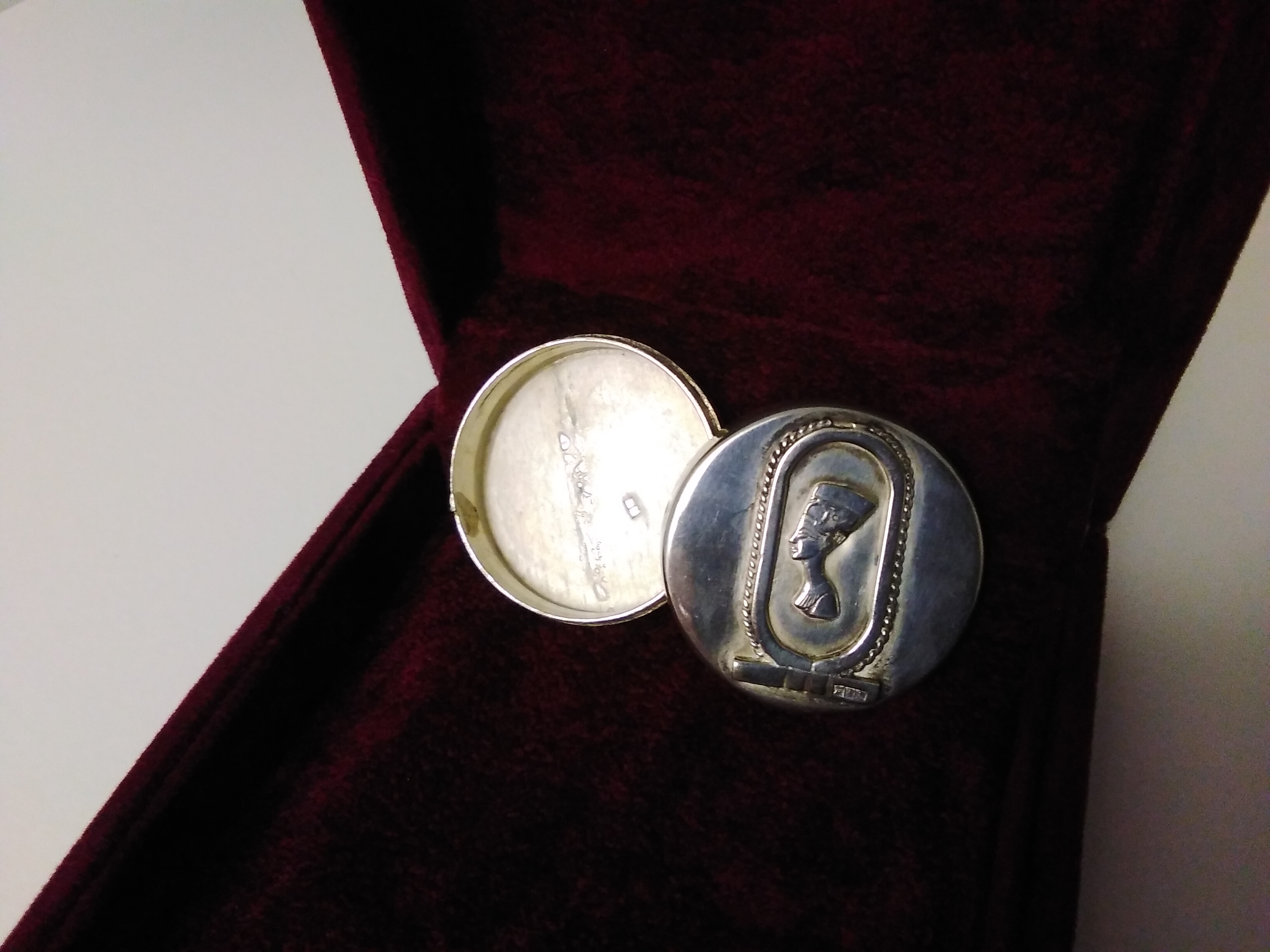 Art Deco Silver Circular Box with sophisticated Egyptian Nefertiti Design