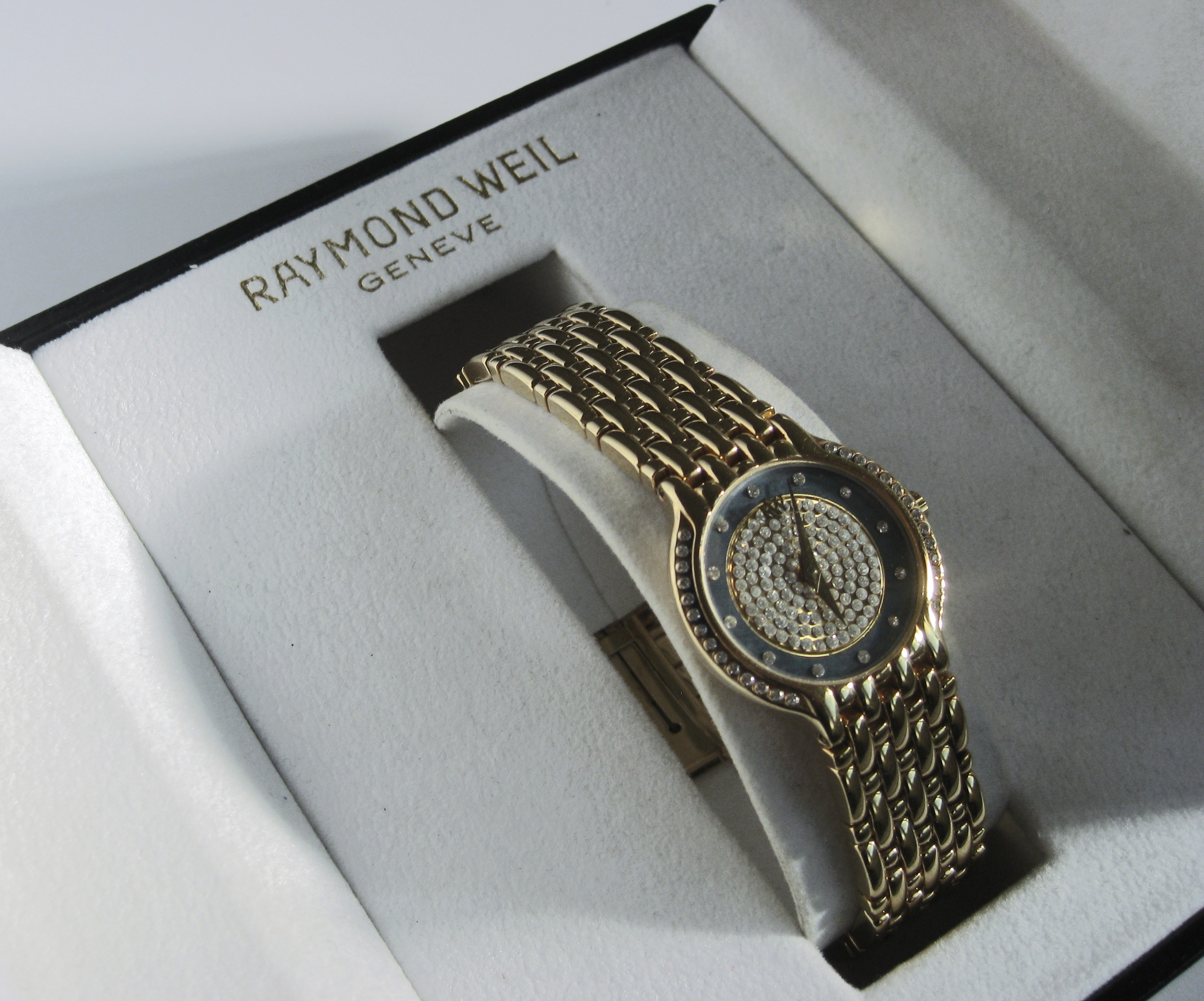 Raymond Weil - quartz lady's bracelet watch